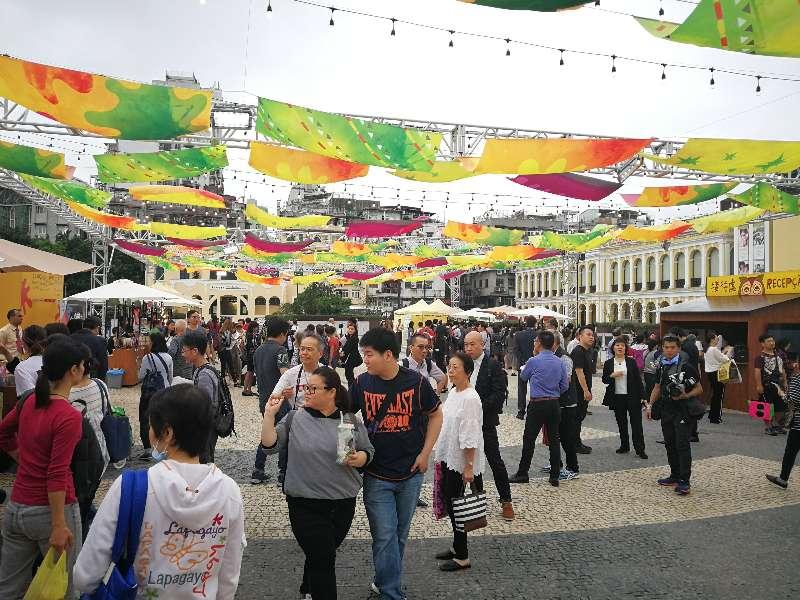 充滿葡語國家風情的市集開放至星期日