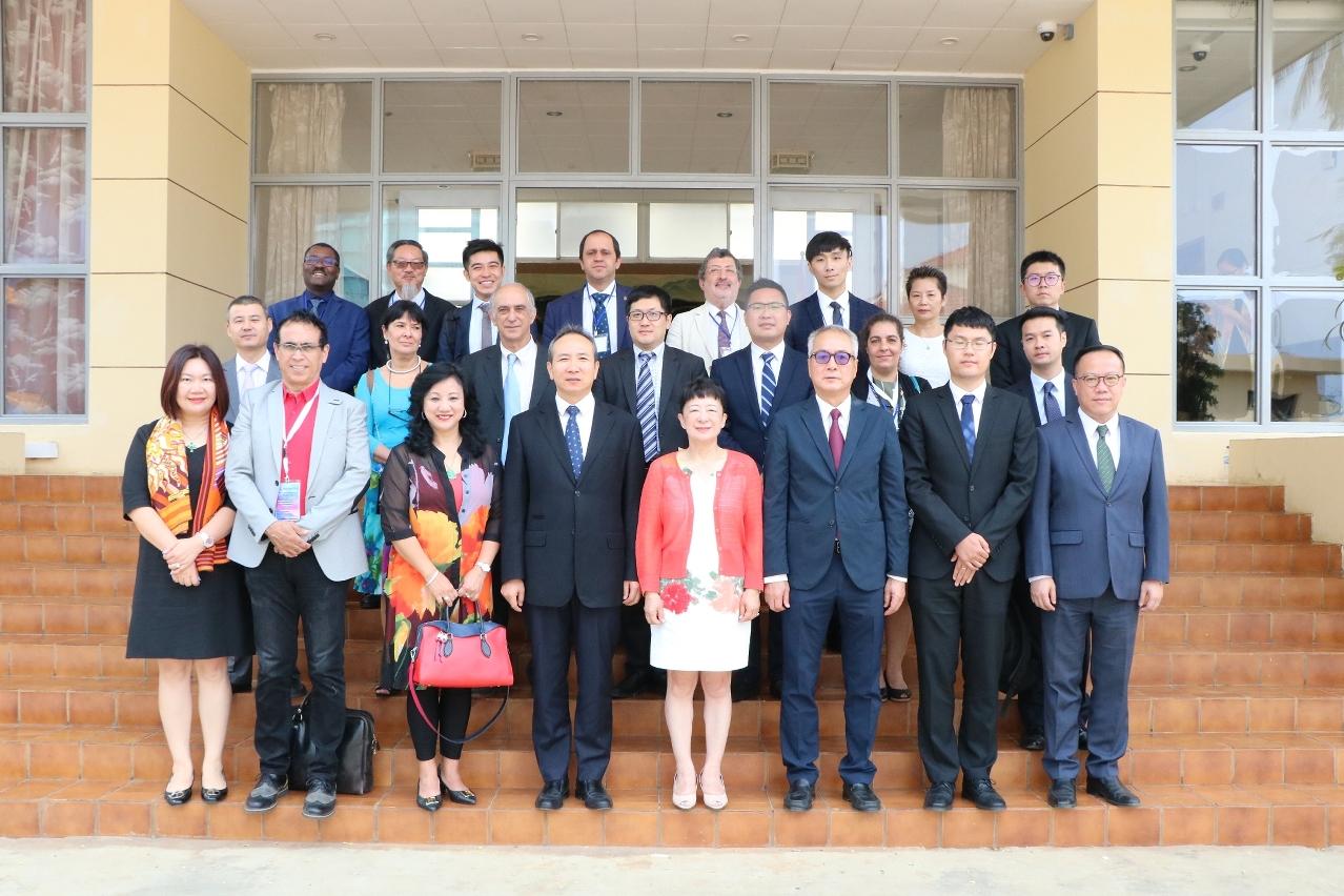 中華人民共和國駐聖多美和普林西比民主共和國大使館大使王衛接見澳門企業家代表團一行