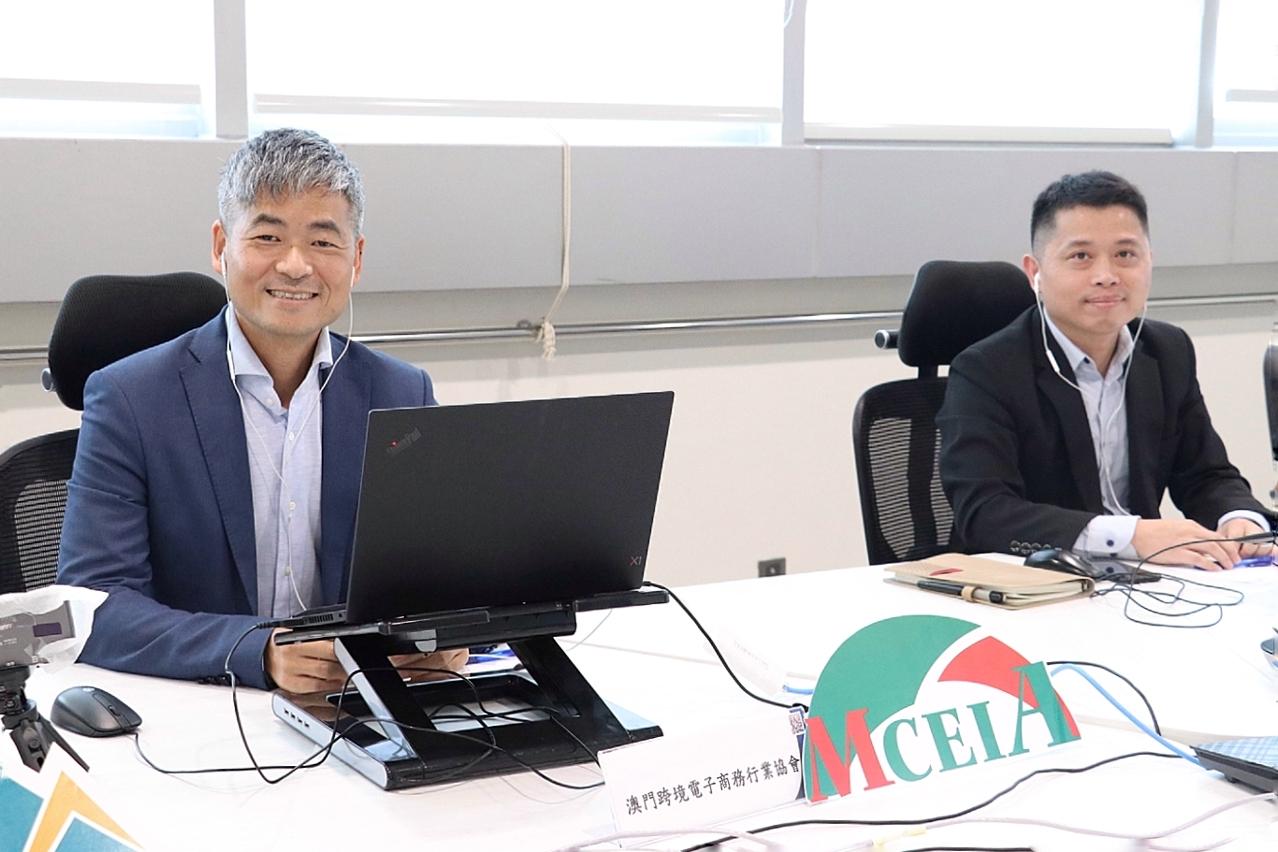 第三場講座講者徐少東(右)、劉美祥(左)